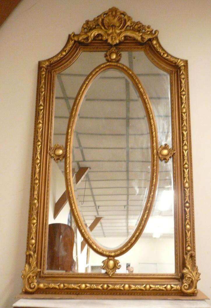 Miroir louis xvi meubles de style meubles baroques for Question miroir