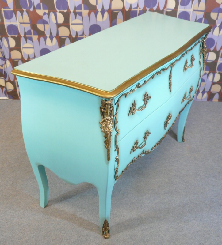 louis xv commode tiffany lamps bronze statues baroque armchairs. Black Bedroom Furniture Sets. Home Design Ideas