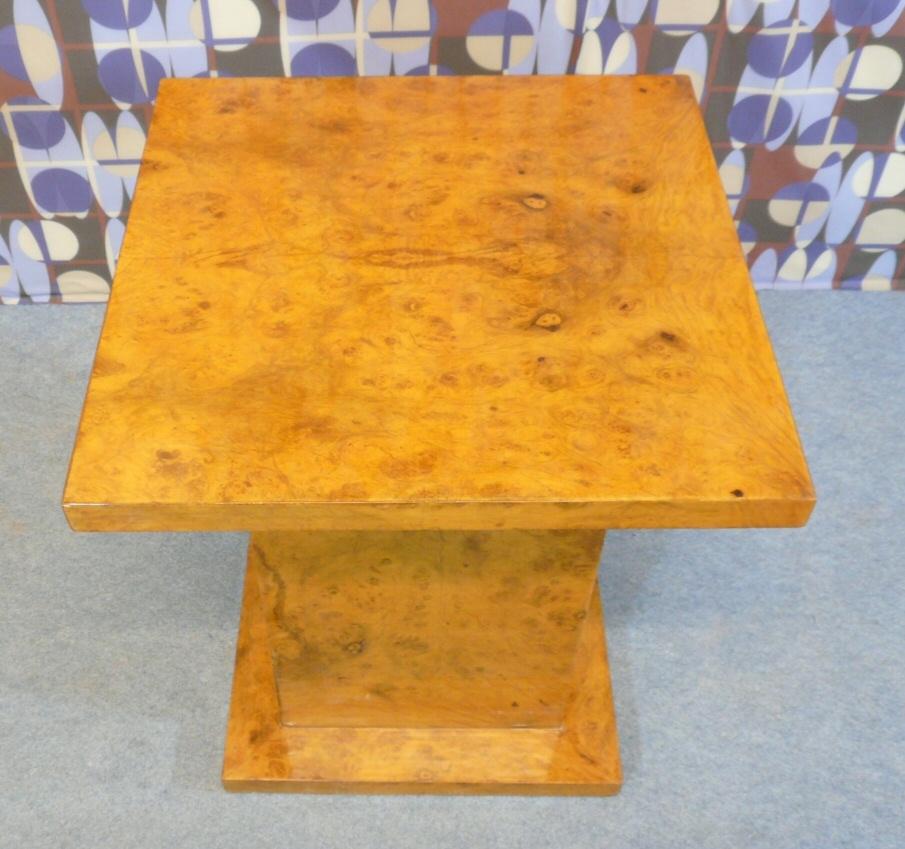 Table style art d co meubles art d co lampe tiffany fauteuil baroque vase m dicis - Meuble tiffany ...