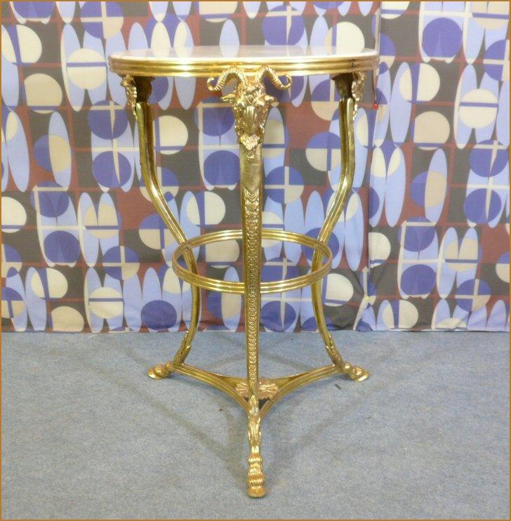 Gu ridon en bronze style retour d 39 egypte meubles art d co lampe tiffany fauteuil baroque - Meuble tiffany ...