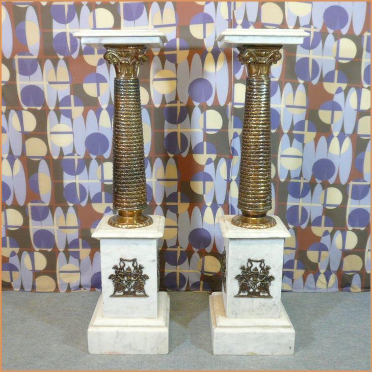Paire de colonnes style louis xv en marbre blanc meubles art d co lampe tiffany fauteuil - Meuble tiffany ...