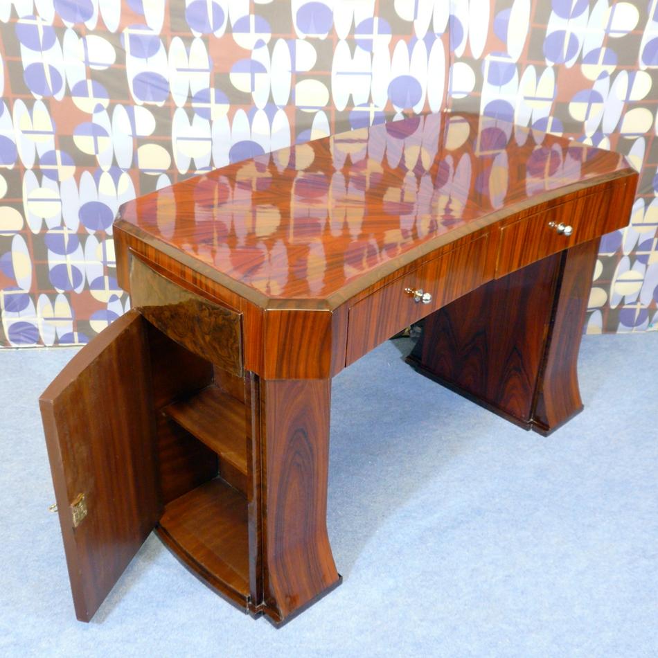 bureau art d co chaises art d co fauteuils art deco meubles art d co meubles baroques. Black Bedroom Furniture Sets. Home Design Ideas