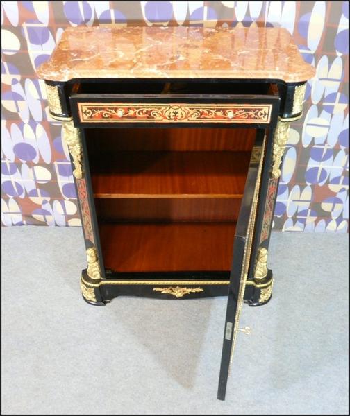 buffet napol on iii de style boulle meubles art d co lampe tiffany fauteuil baroque vase. Black Bedroom Furniture Sets. Home Design Ideas