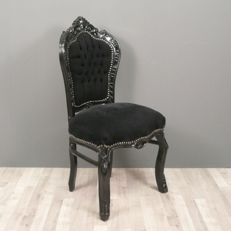 chaises baroques noires