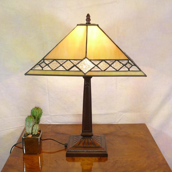 Lampe mission de style tiffany meubles art d co lampe tiffany fauteuil baroque vase m dicis - Meuble tiffany ...