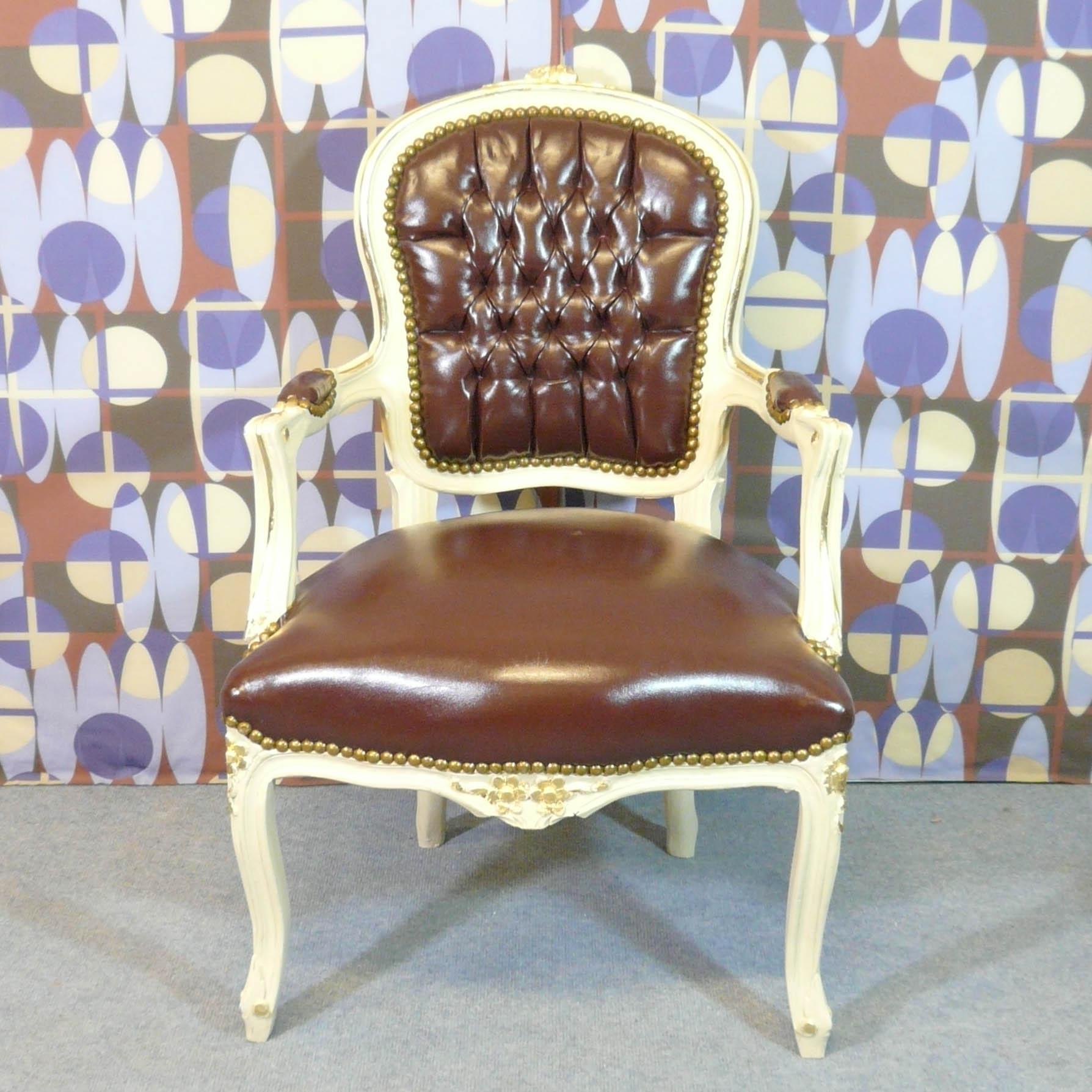 fauteuil baroque style louis xv meubles art d co lampe tiffany fauteuil baroque vase m dicis. Black Bedroom Furniture Sets. Home Design Ideas