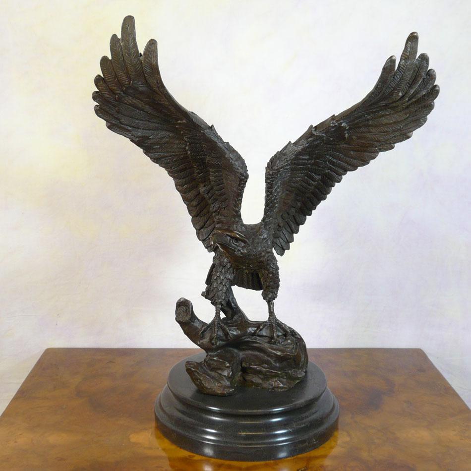 Bronze Statue Of A Golden Eagle Sculpture