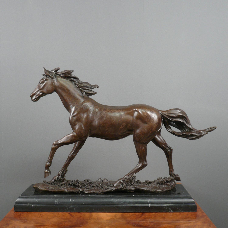 statue en bronze cheval sculpture bronze. Black Bedroom Furniture Sets. Home Design Ideas