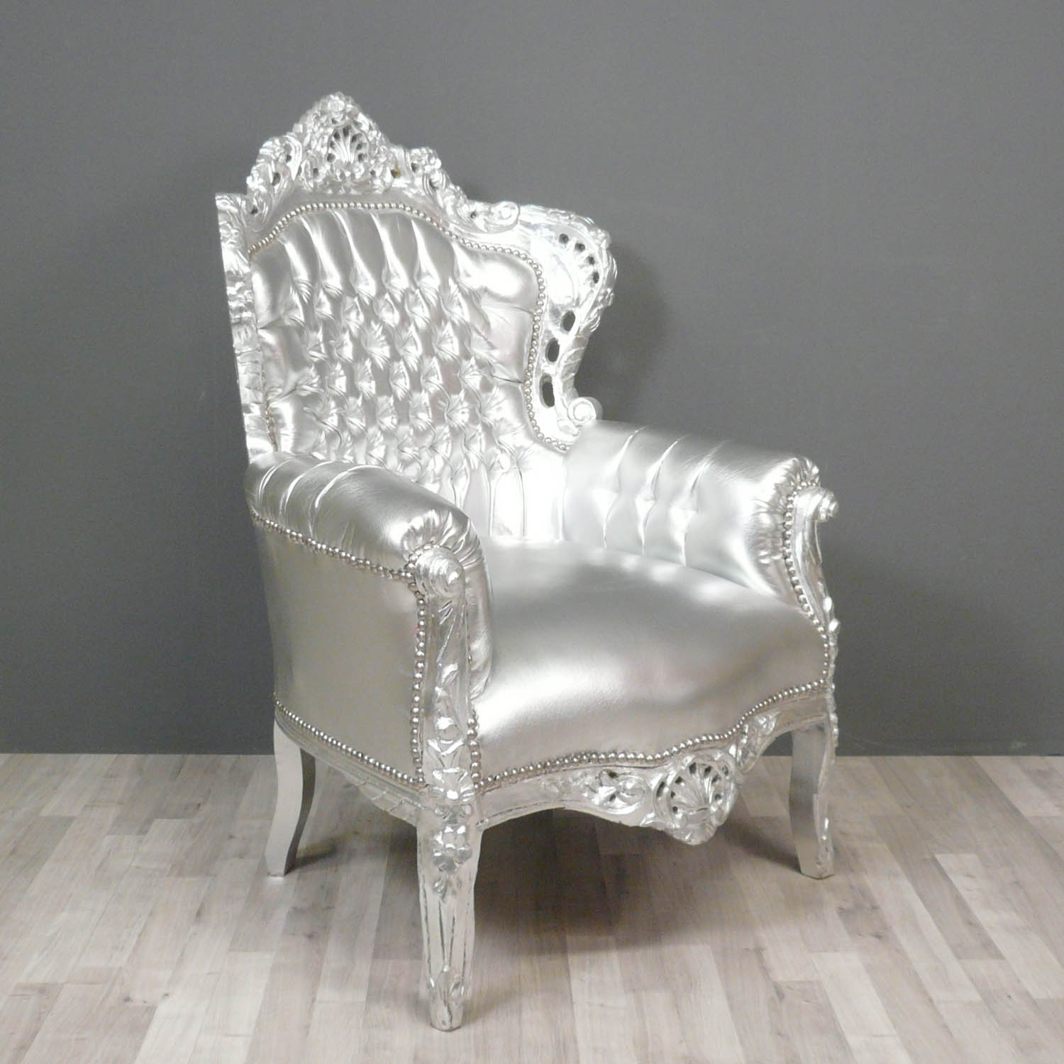 fauteuil baroque argent fauteuils baroques. Black Bedroom Furniture Sets. Home Design Ideas