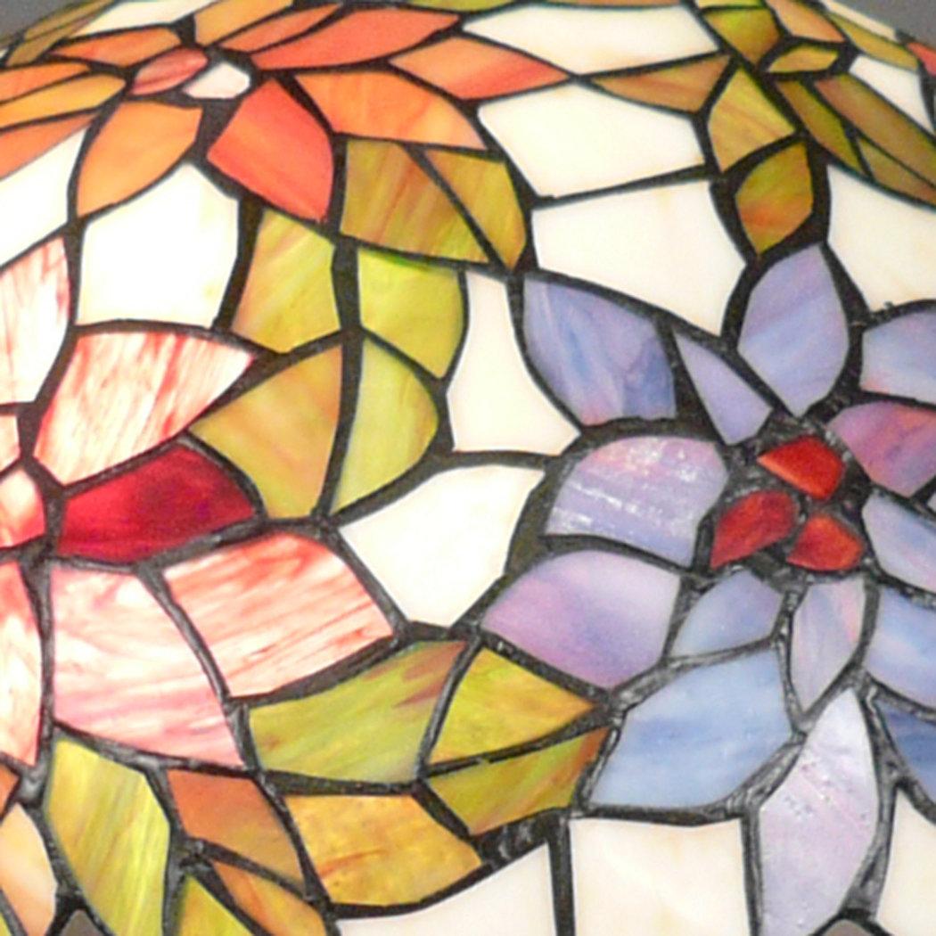 lampadario tiffany : Lampadario Tiffany , fiori di vetro colorato e foglie.