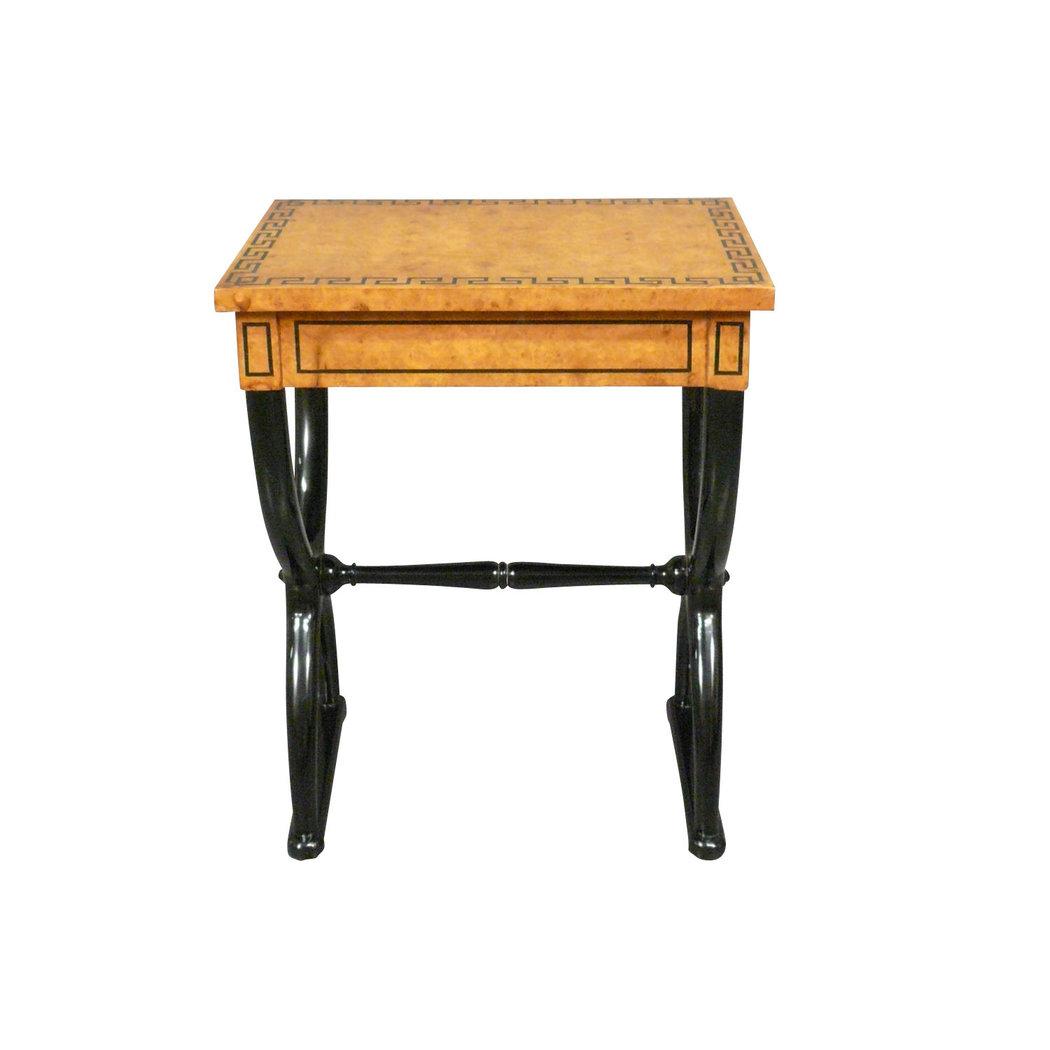 table ou petit bureau critoire empire meubles de style et art d co. Black Bedroom Furniture Sets. Home Design Ideas