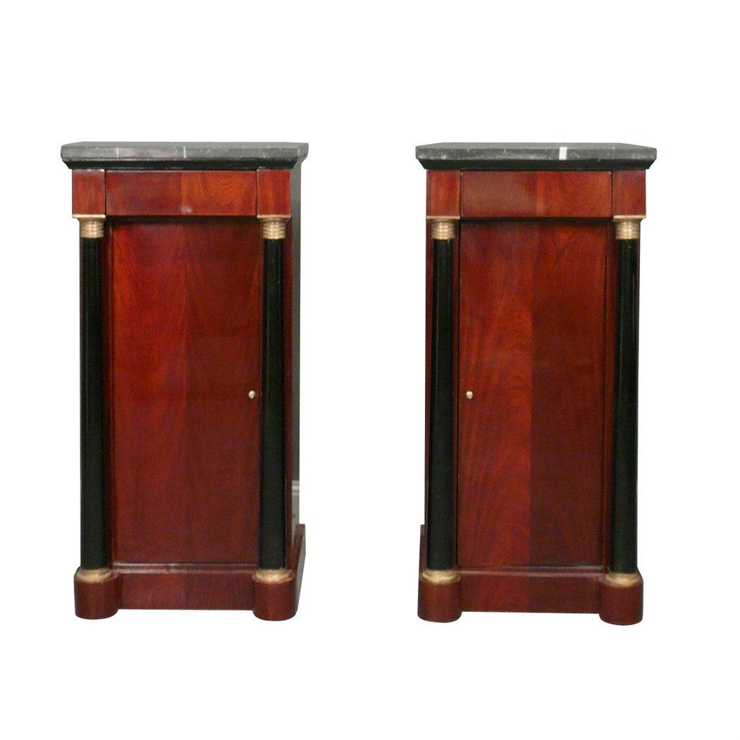paire de chevets empire meubles de style. Black Bedroom Furniture Sets. Home Design Ideas