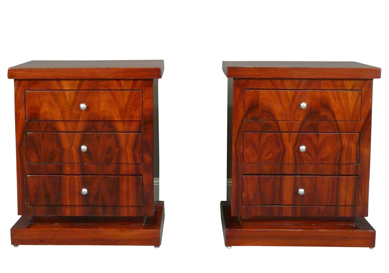 petite commode art d co en palissandre la paire. Black Bedroom Furniture Sets. Home Design Ideas