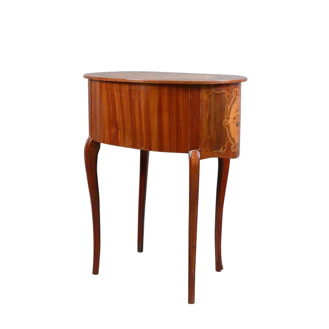 Comodino luigi xv mobili in stile luigi xv for Mobili luigi