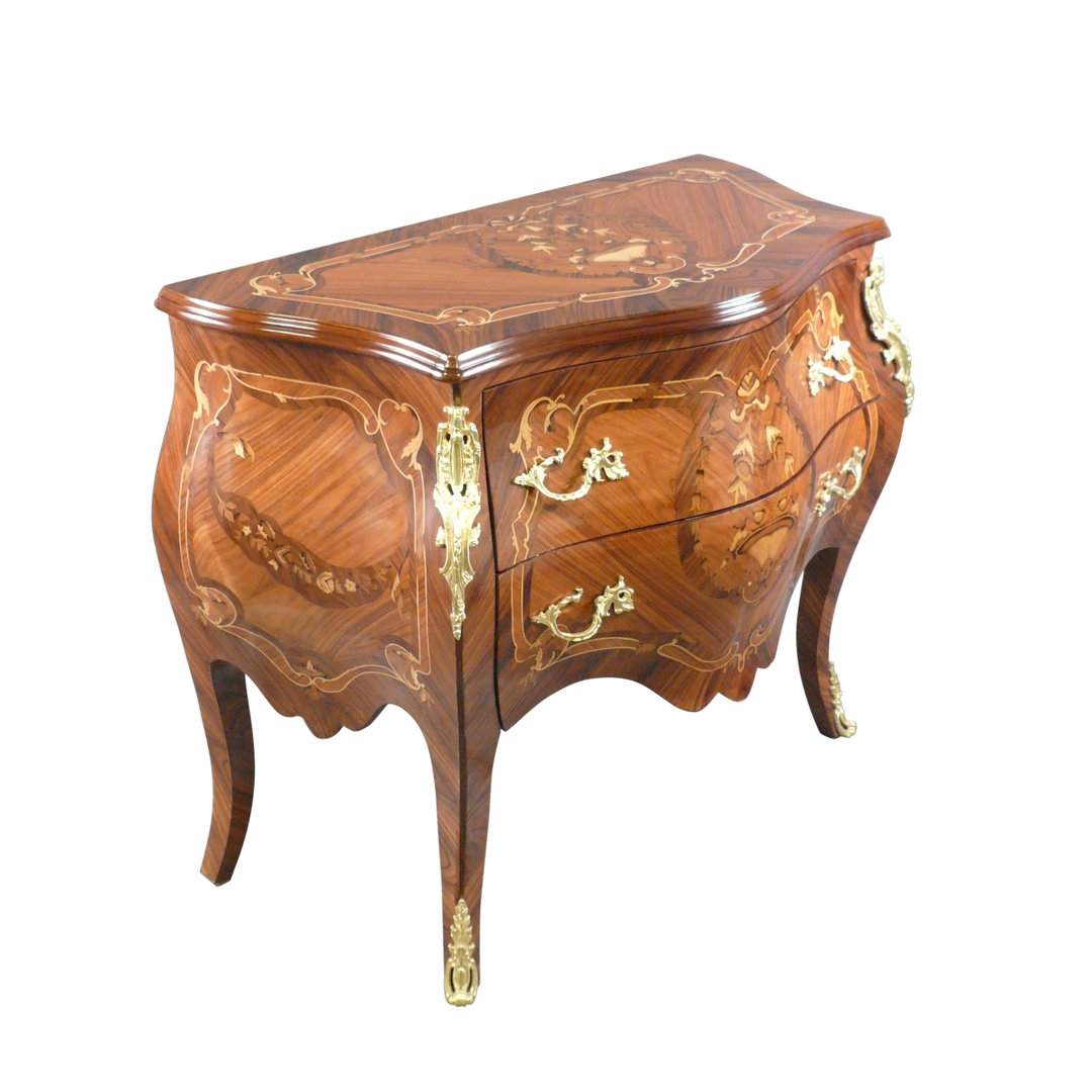 Commode louis xv meuble louis xv tiroirs for Meuble louis xv
