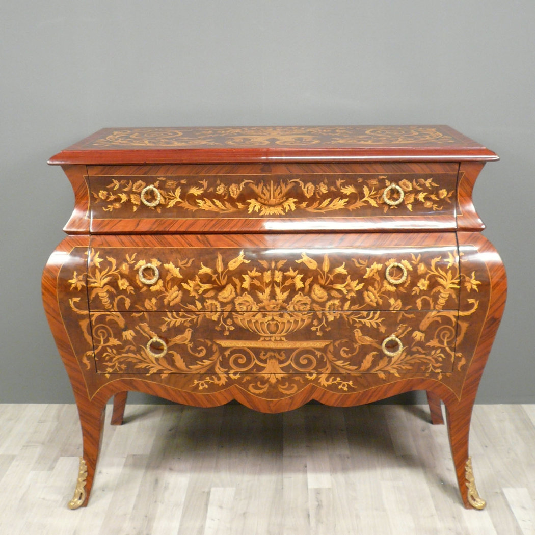 Meubles louis xv mobilier sur enperdresonlapin for Meuble style louis 15