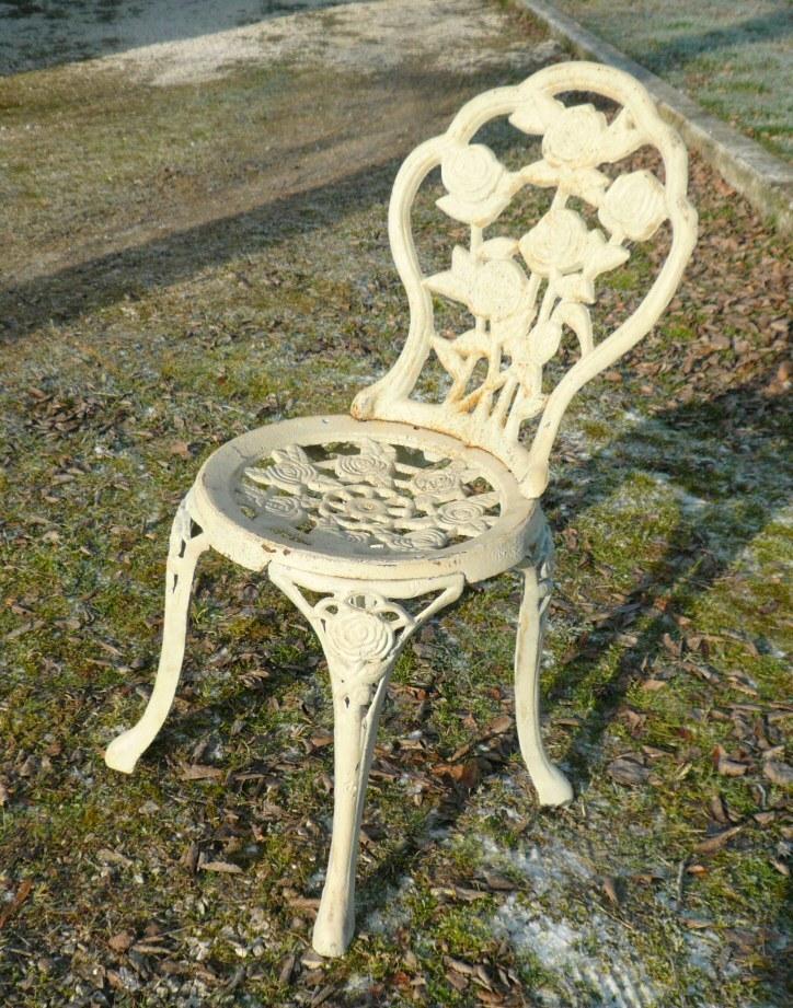 Paire de Chaises de jardin en fonte de fer - Meubles art déco ...