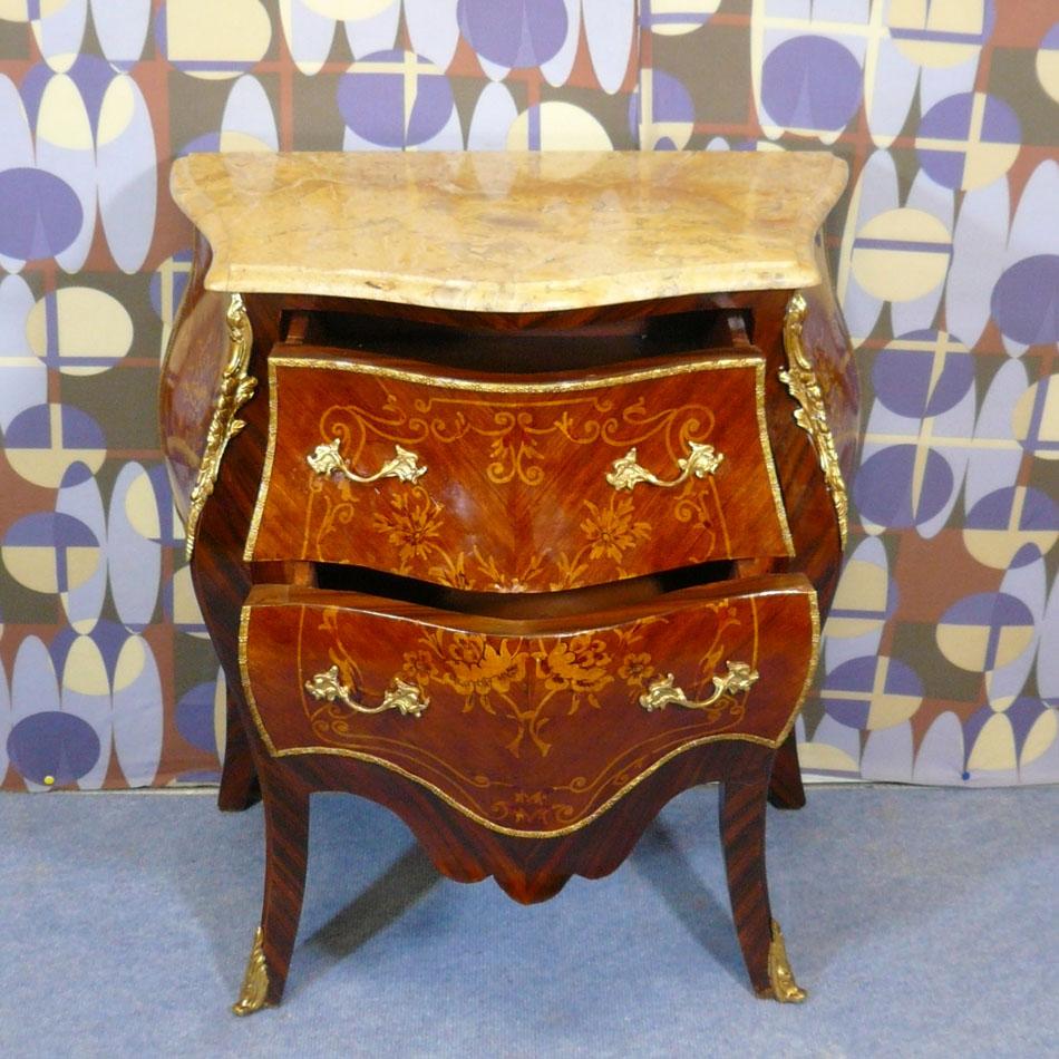 commode louis xv commodes de style meubles de style. Black Bedroom Furniture Sets. Home Design Ideas