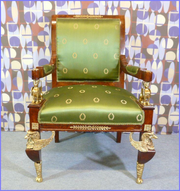 fauteuil style empire meubles art d co lampe tiffany fauteuil baroque vase m dicis. Black Bedroom Furniture Sets. Home Design Ideas