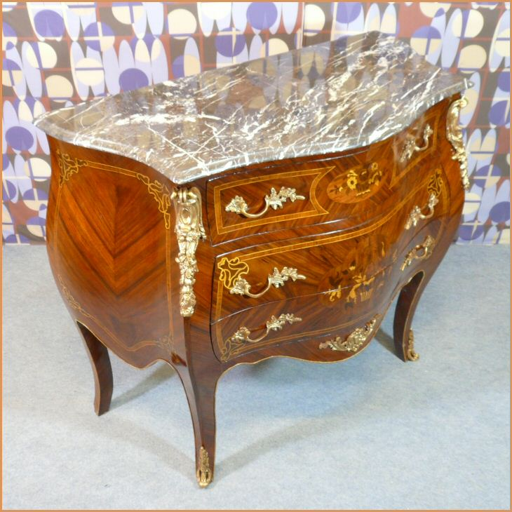 commode louis xv bureau louis xv meubles art d co lampes tiffany fauteuils baroques. Black Bedroom Furniture Sets. Home Design Ideas