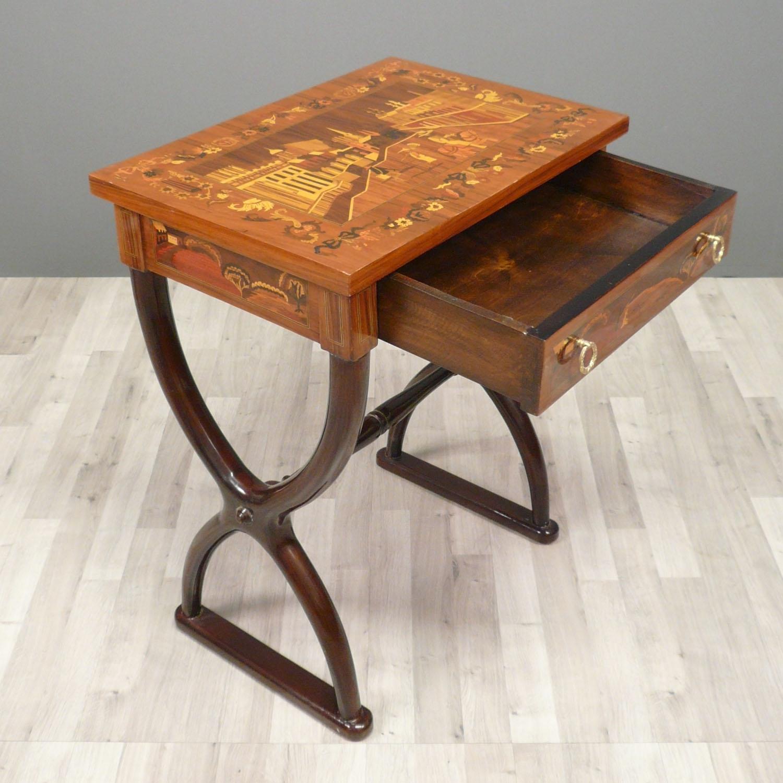 Table ou petit bureau style napol on iii empire for Bureau de style