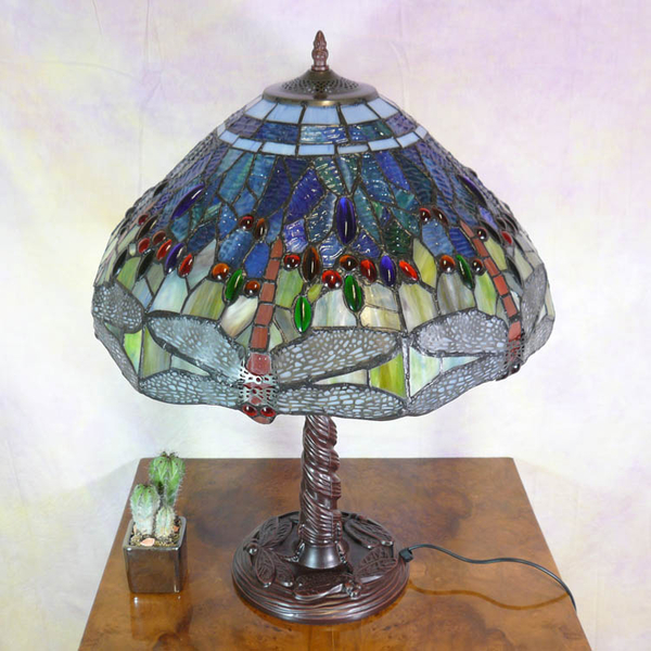 lampe tiffany tiffany lamp luminaires tiffany art d co. Black Bedroom Furniture Sets. Home Design Ideas