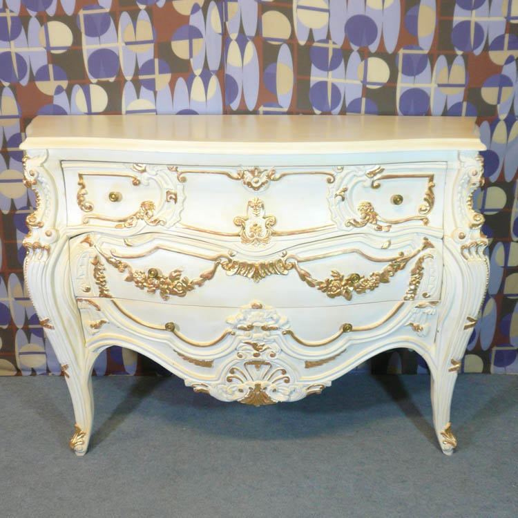 Commode baroque fauteuils baroques chaises baroques Meubles baroques