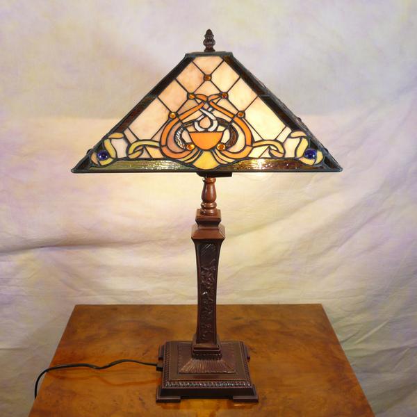 Lampe tiffany art d co mobilier baroque - Art nouveau mobili ...