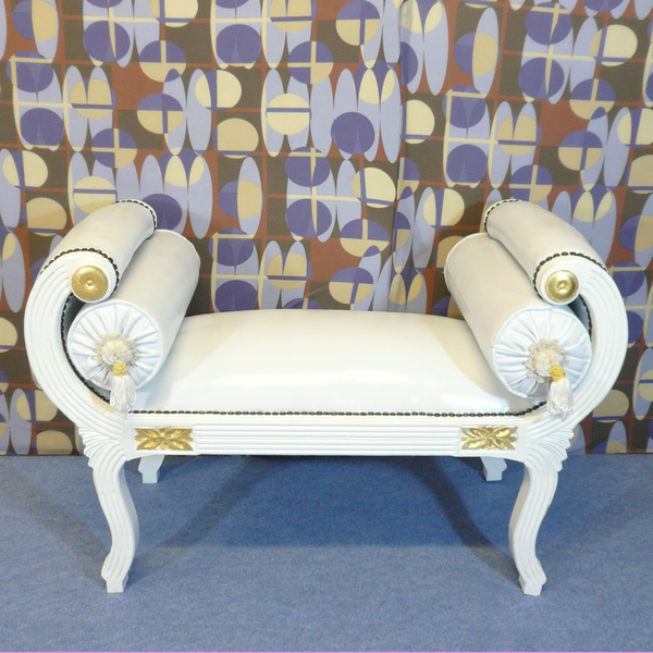 banquette louis xv blanche de style baroque fauteuil baroque. Black Bedroom Furniture Sets. Home Design Ideas