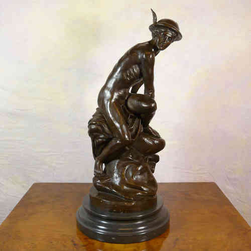 Mercure attachant ses talonnières - Reproduction en bronze de l'oeuvre de Jean-Baptiste Pigalle