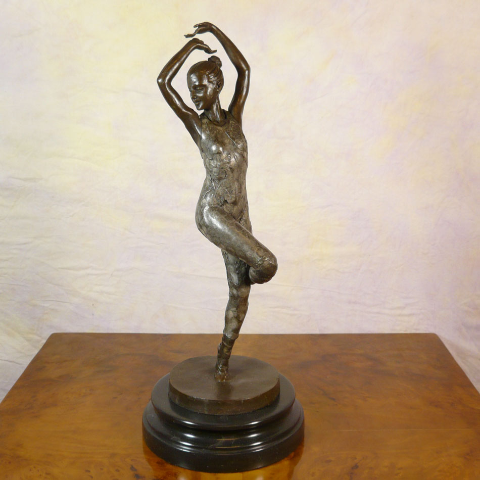 Art deco bronze sculpture dancer statues for Statue deco salon
