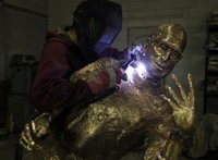 How to manufacture a bronze sculpture