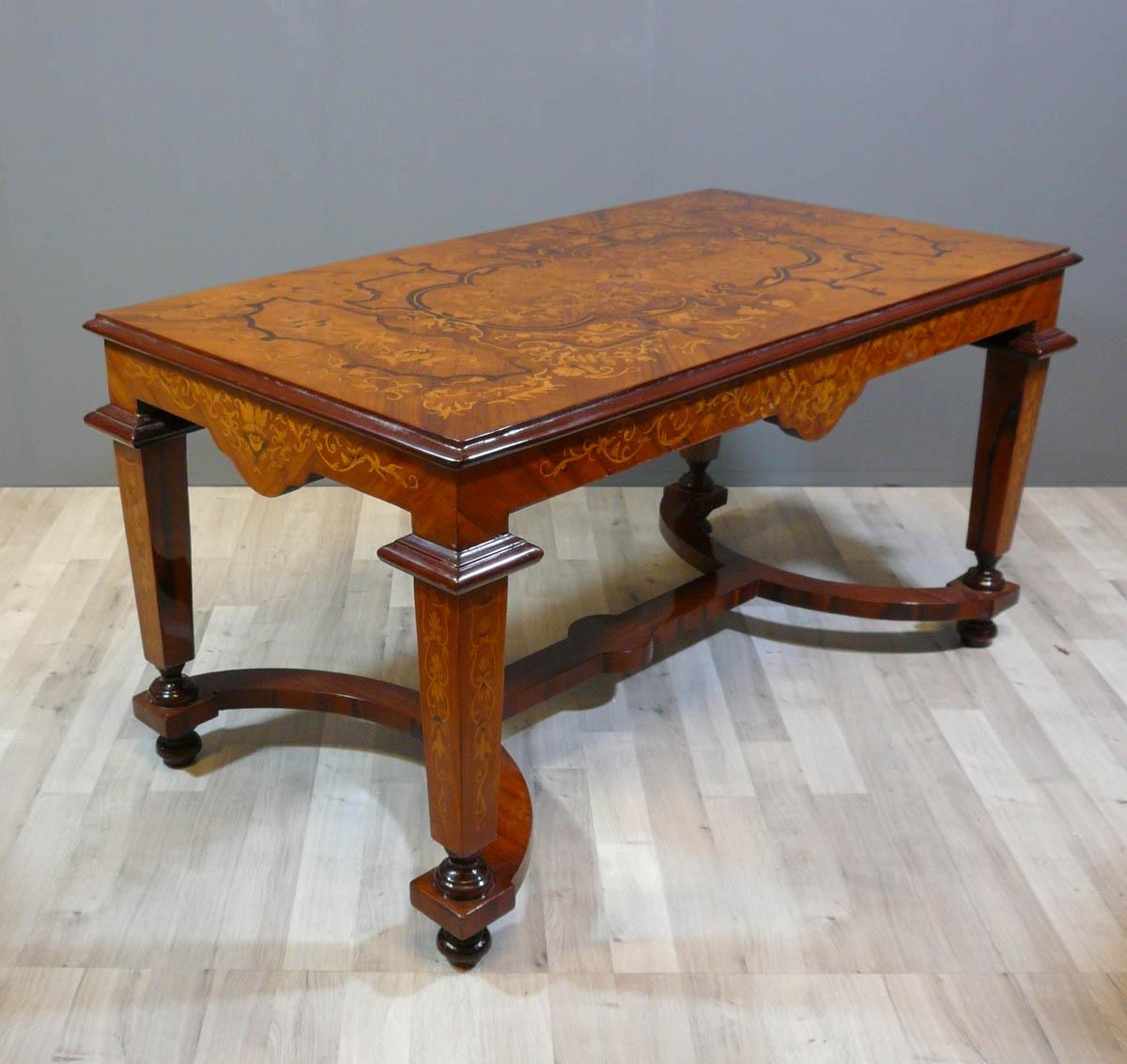 table basse louis xvi. Black Bedroom Furniture Sets. Home Design Ideas