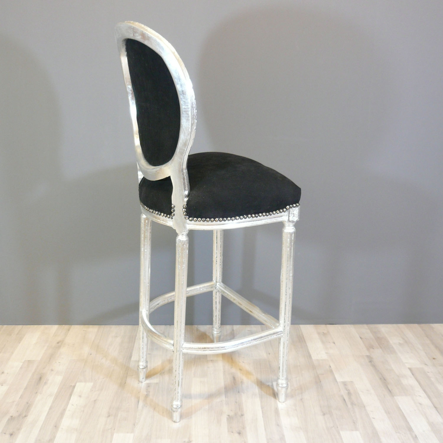 Bar chair baroque style of louis xvi baroque chairs for Chaise transparente pas cher ikea