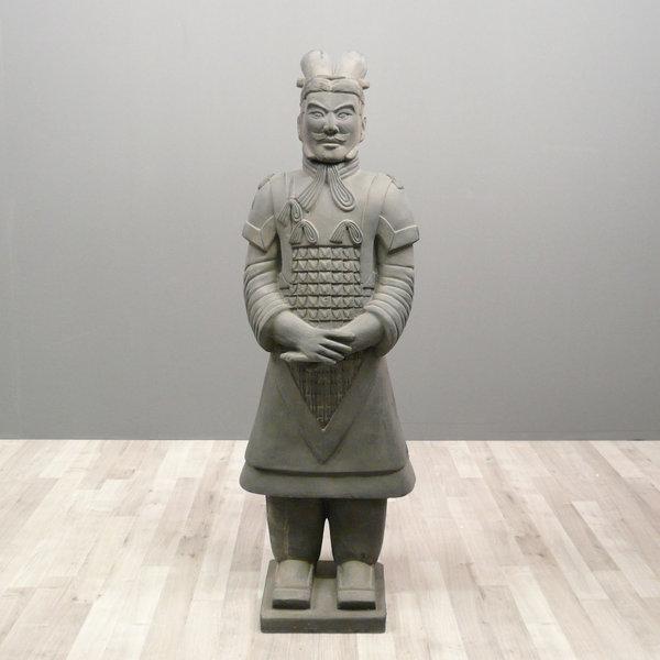 Ebros Ancient Chinese Qin Dynasty Emperor Kneeling