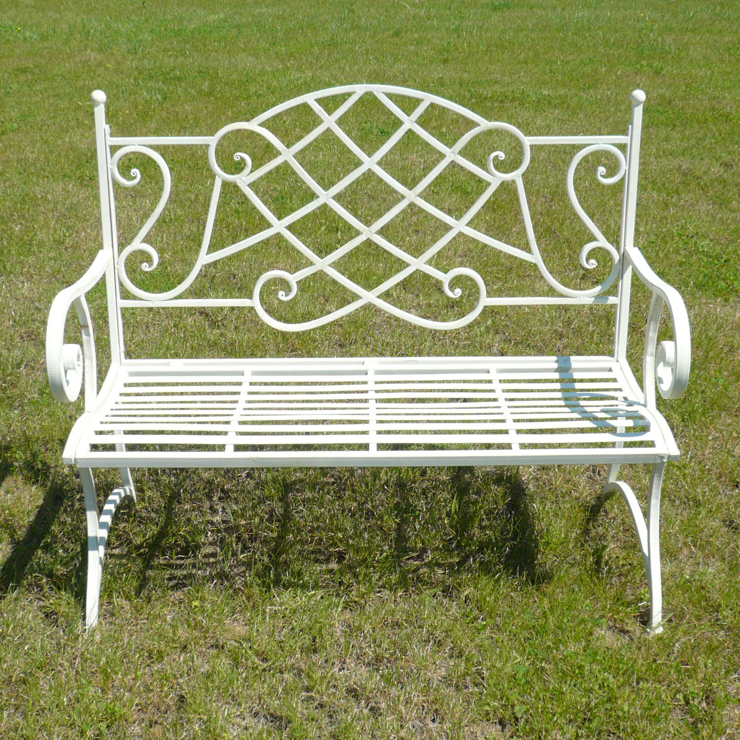 garden bench wrought iron tables chairs benches. Black Bedroom Furniture Sets. Home Design Ideas