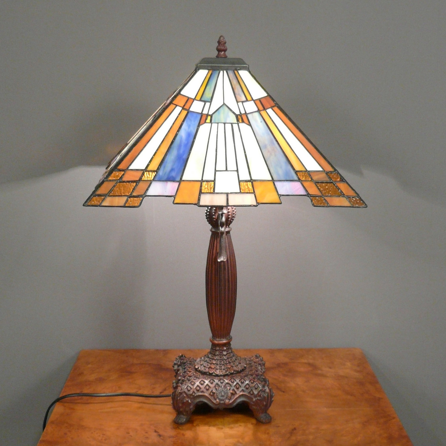 Tiffany lamp art deco lamps floor chandelier for Art deco style lamp