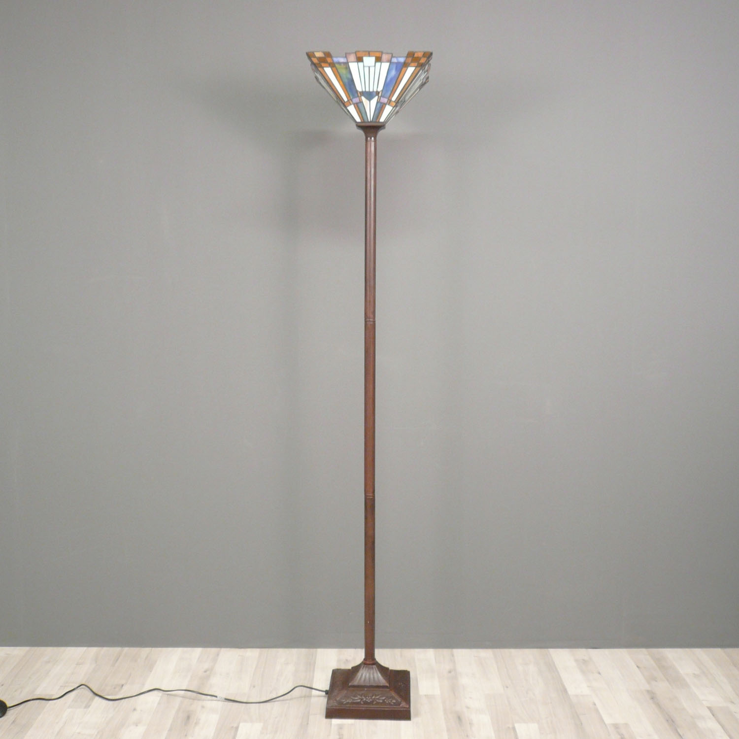 Tiffany floor lamp art deco lighting suspension for Art decoration fr