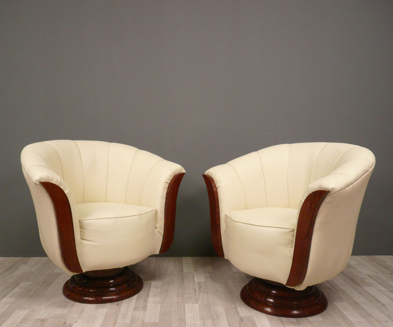 Pair Of Armchairs Art Deco Art Deco Baroque