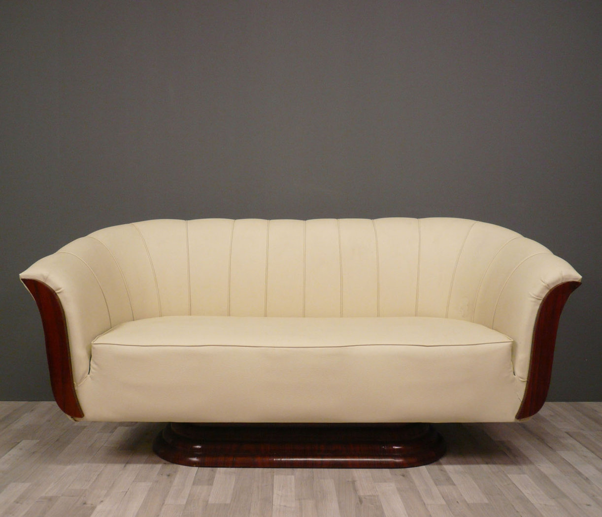 Art deco sofa art deco furniture for Divan furniture