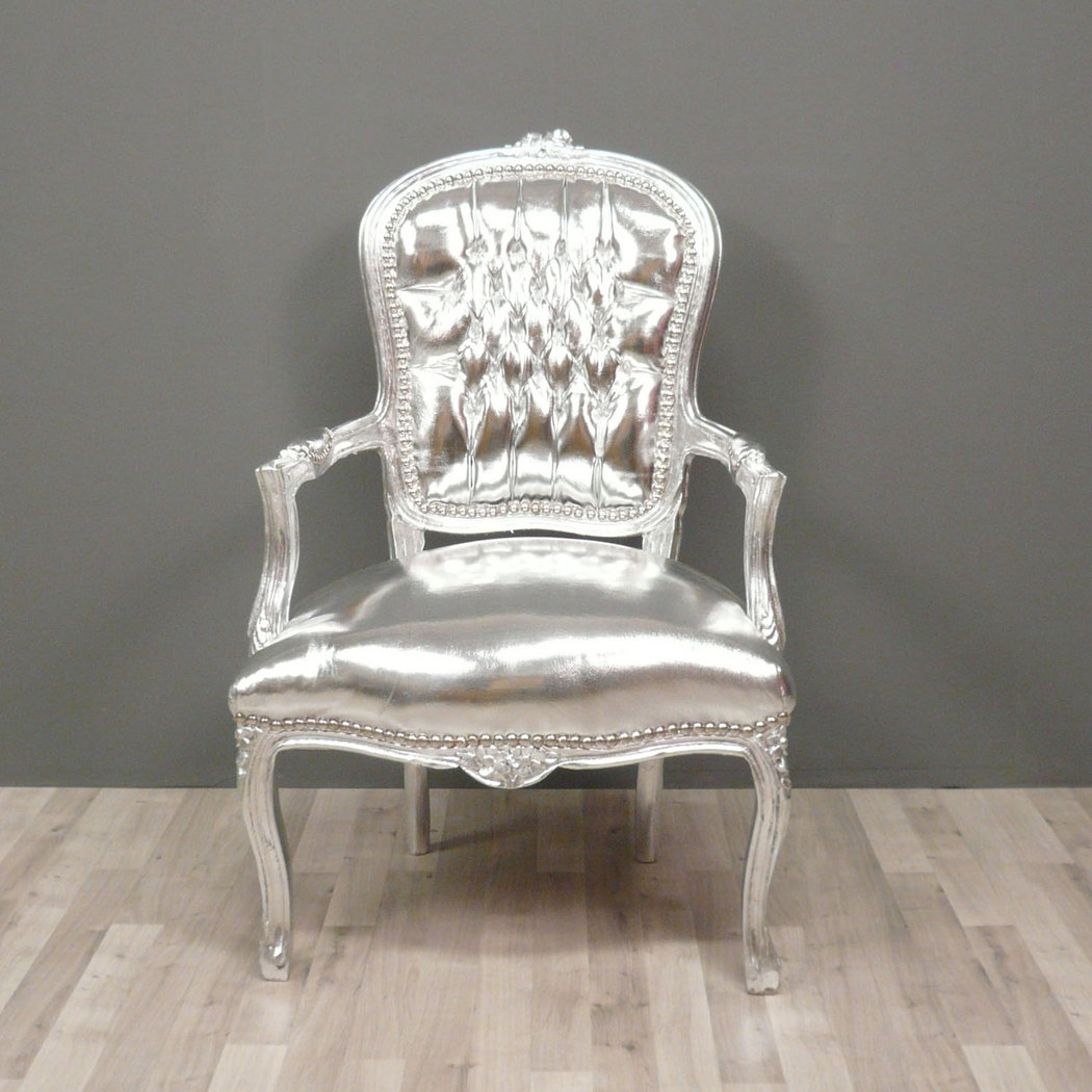 Fauteuil baroque style louis xv argent meuble baroque for Baroque fashion trend