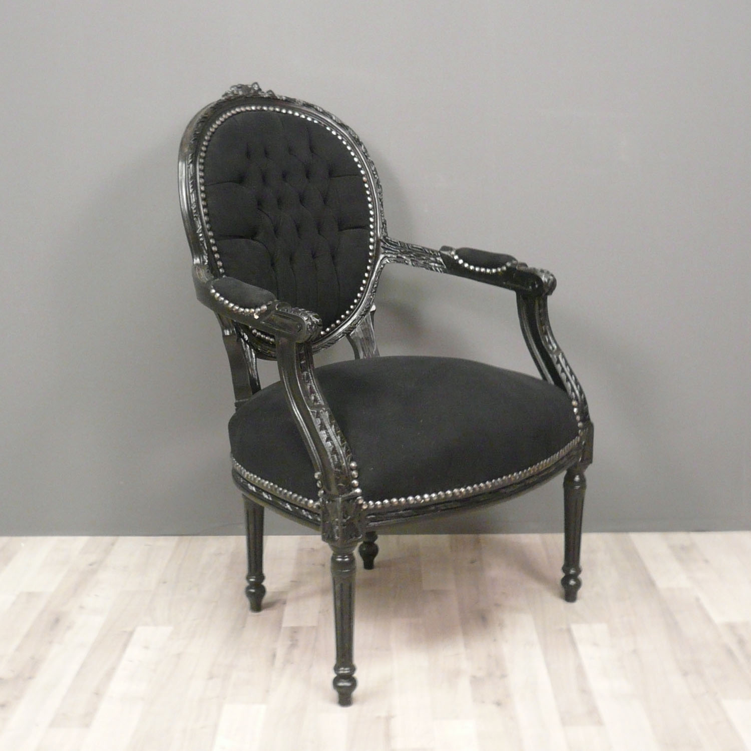 fauteuil louis xvi de style baroque chaise. Black Bedroom Furniture Sets. Home Design Ideas