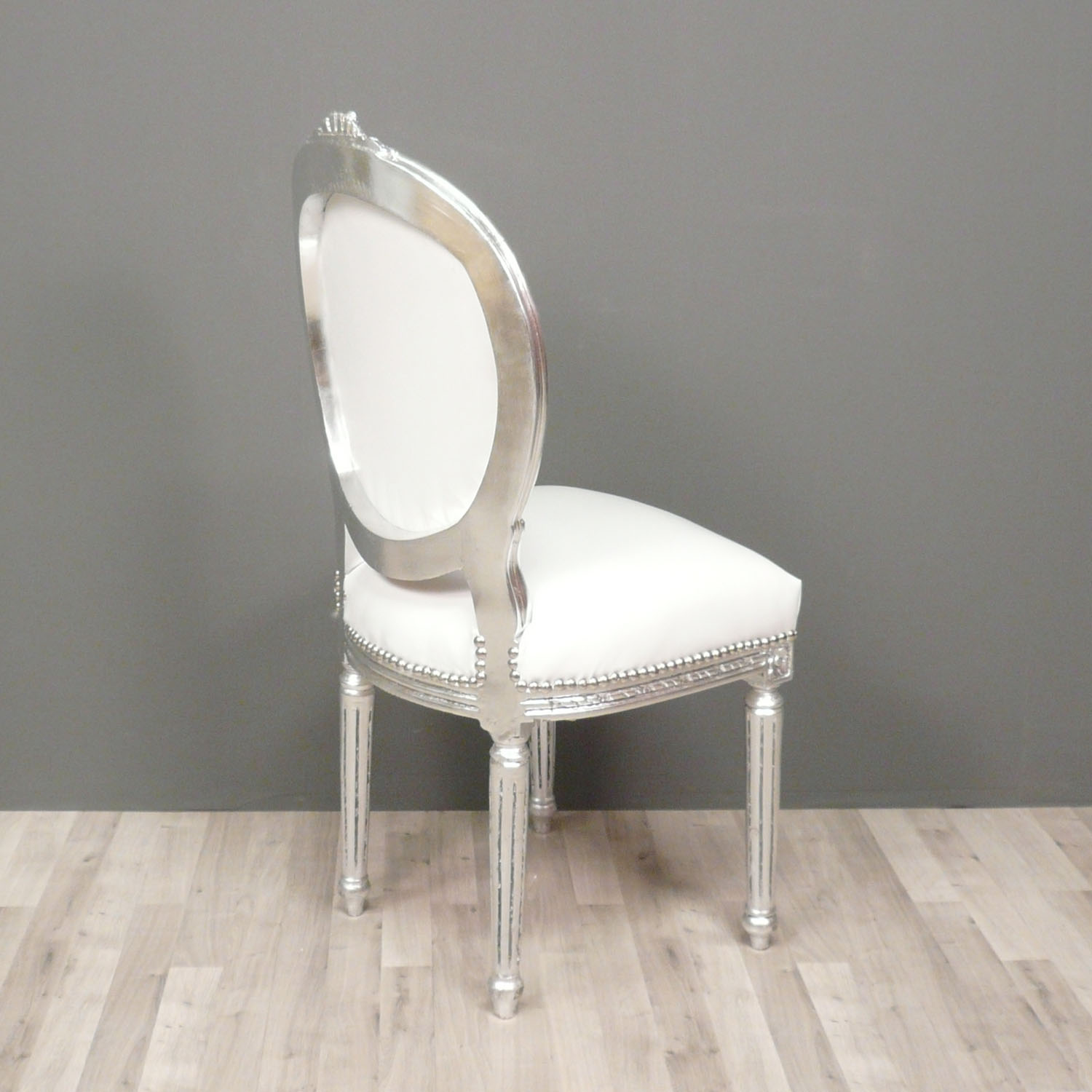 Chaise baroque blanche maison design for Chaise blanche