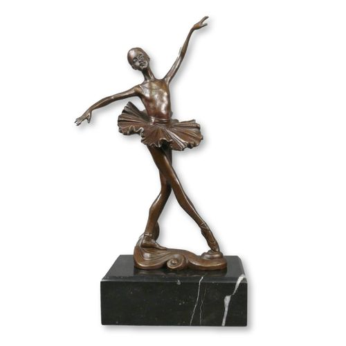 Bronze sculpture of a young dancer