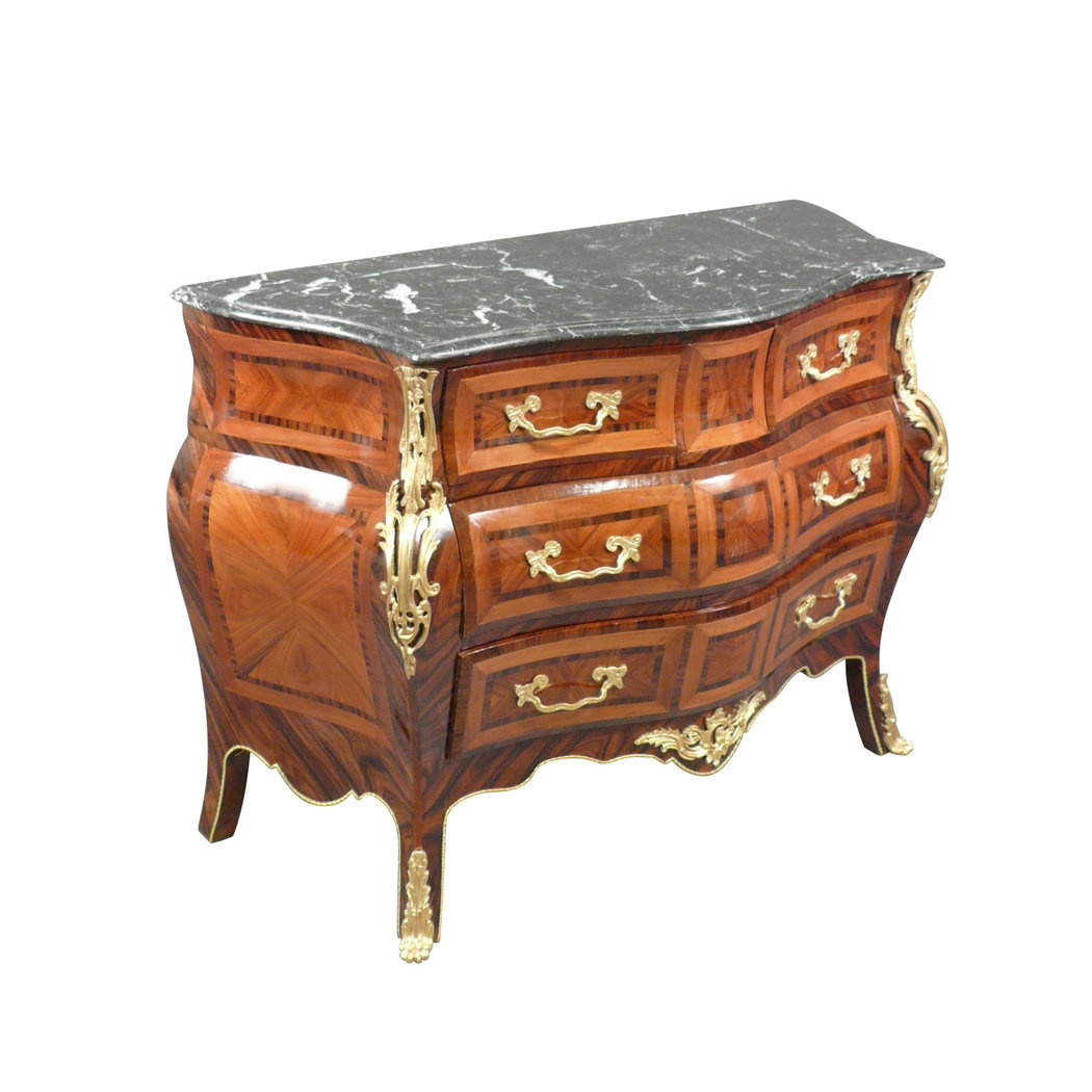 Commode louis xv reproductions de meubles de style - Nettoyer un meuble vernis au tampon ...
