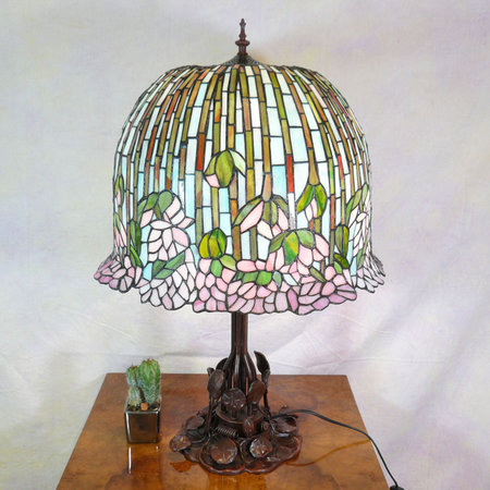 lampe tiffany lotus\\n\\n07/10/2012 19:52